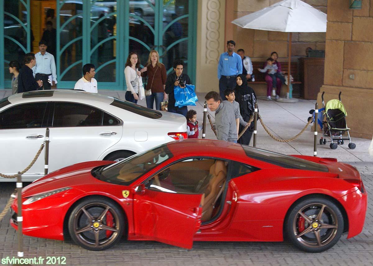 louer vehicule emirats arabe unis