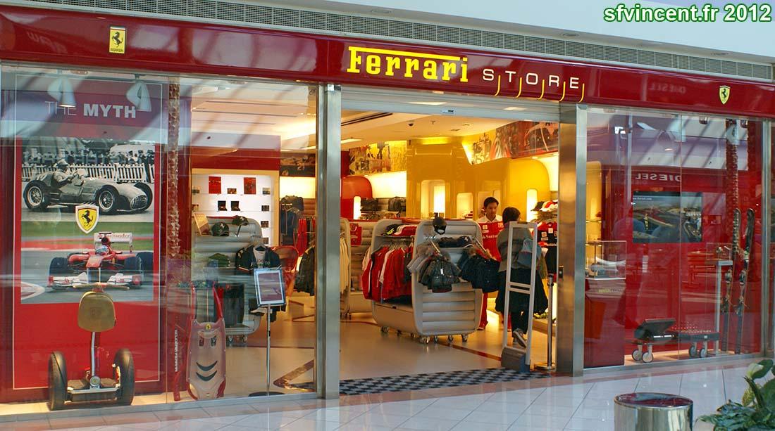 abu dhabi emirats arabes unis dans le marina mall un ferrari store le porte cl s tait dans. Black Bedroom Furniture Sets. Home Design Ideas