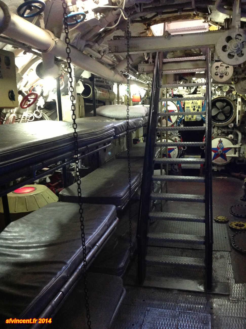 Interieur sous marin int rieur du sous marin espadon for Interieur sous marin